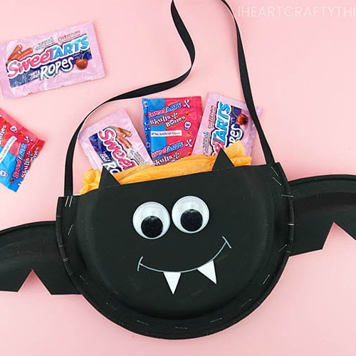 paper plate candy holders halloween arts and crafts