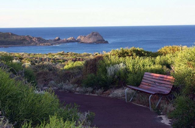 cape to cape walk hiking trail margaret river