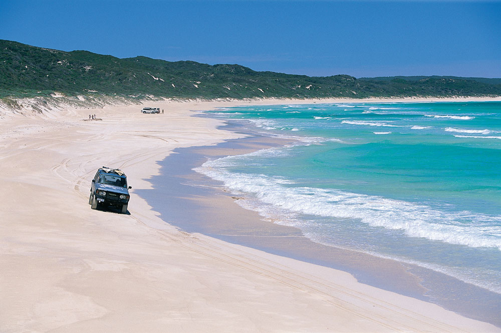 4-wheel driving on Boranup Beach, Margaret River.