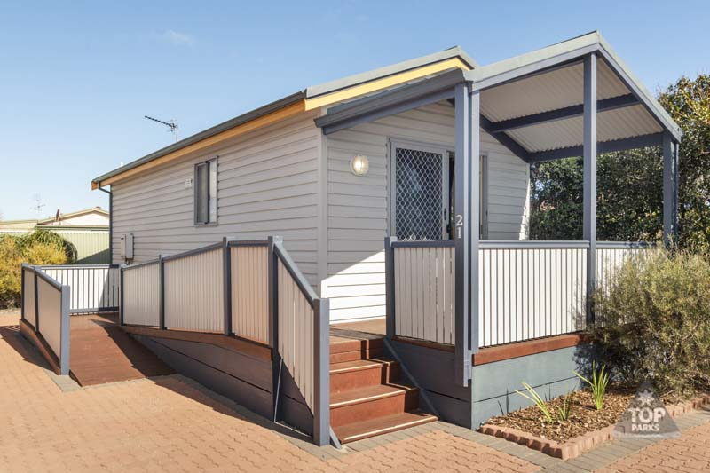 geraldton deluxe holiday unit