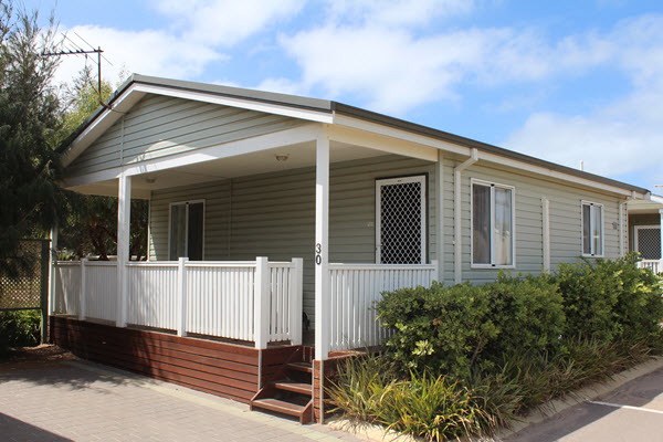coral coast wa - geraldton accommodation