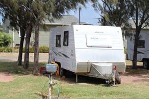 powered caravan camping site - belair gardens caravan park geraldton - summerstar