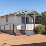 geraldton 1 bedroom holiday unit front